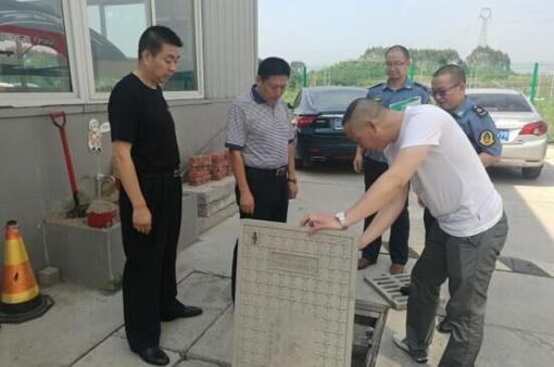 内江市交通局局长抽查汽修企业环境污染防治情况