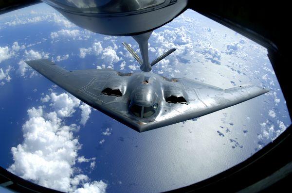 美拟为B2轰炸机进行重大升级 应对俄导弹威胁