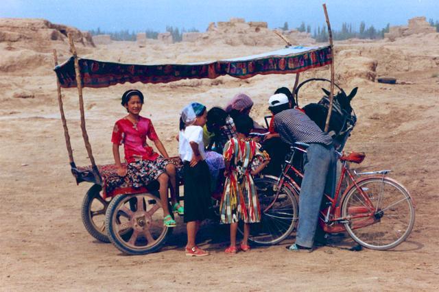 西洋镜下的1990年代中国百姓生活