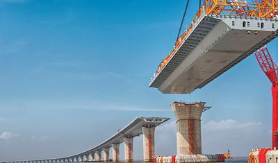 """港珠澳大桥的""""科技密码"""""""