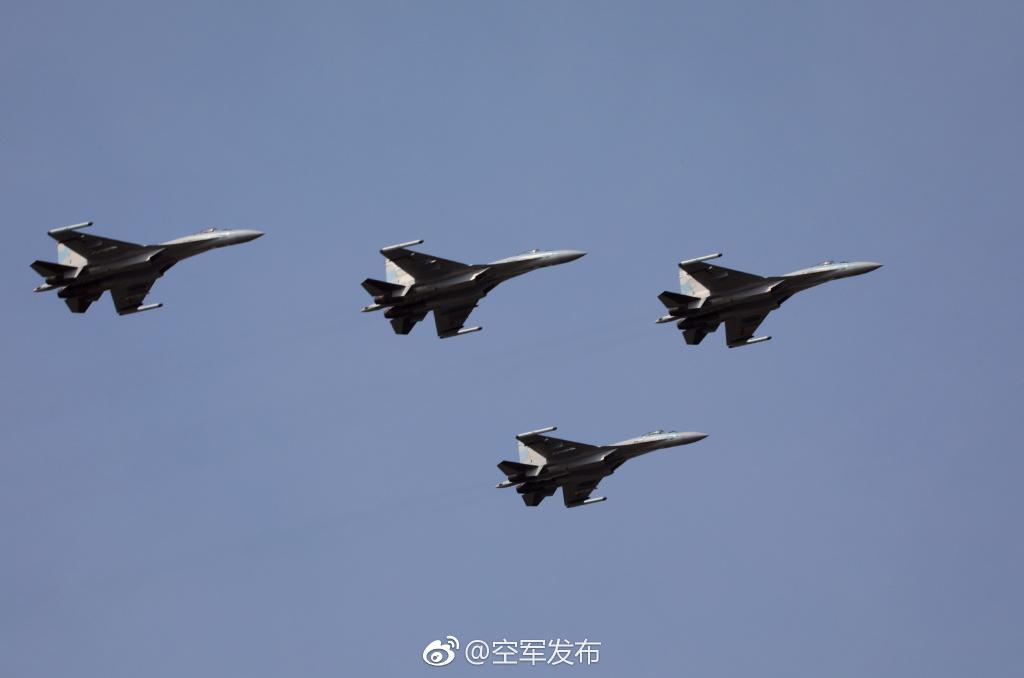 中国曝光的苏35有多强?俄专家:比F35厉害多了