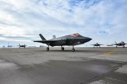 求购F-35无望 台湾准备在F-15与F/A-18中二选一?