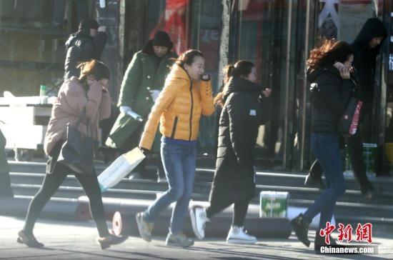 北京双休日两天都有六七级阵风 局地扬沙不宜出游