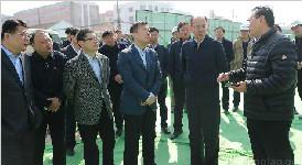 天桥区副市长王京文察看水质净化二厂项目情况