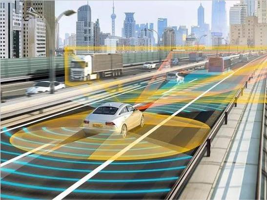 李安定: 自动驾驶研发要加油,推广须谨慎