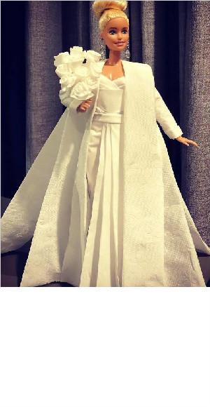 美到爆!卫生纸做的芭比嫁衣  你见过吗