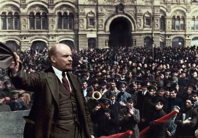 488:他是著名诗人,游览苏联三天作出惊人预测,后来预言竟然成真了