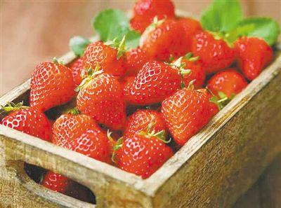 """草莓竟成最""""脏""""水果?"""