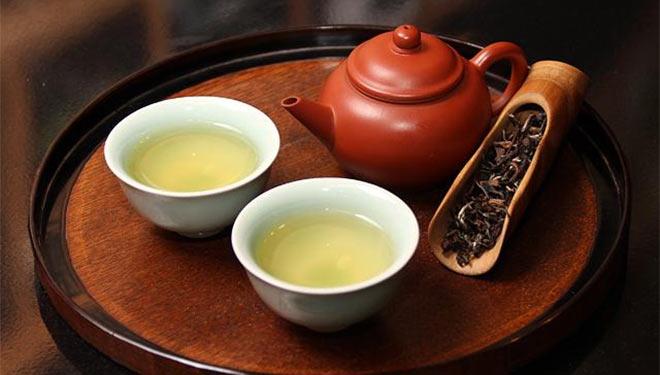 喝茶抗氧化、抗衰老、降血脂,但这3类人少喝