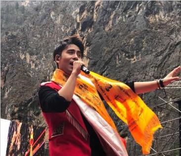巴拉格宗第三届音乐节启幕 打造藏区旅游文化品牌
