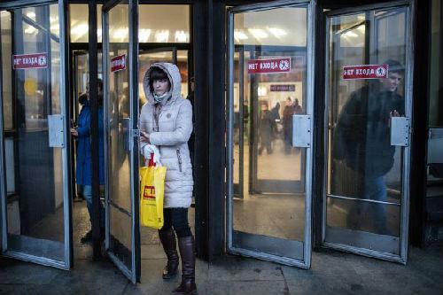 """俄首都地铁站将""""中国造"""" 俄媒:中国效率无人能及"""
