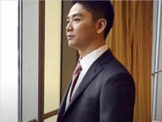 刘强东生命里的4位贵人,功成名就 前妻功不可没