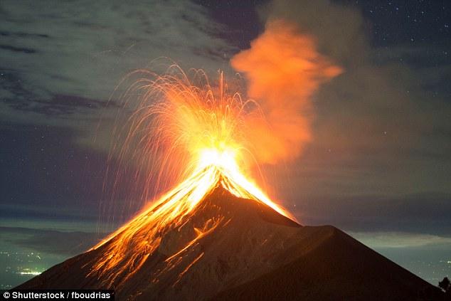 """英科学家研发""""龙蛋""""观测火山活动实时数据"""