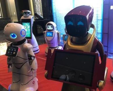 """从""""感知""""到""""认知"""" 服务机器人进入新一轮增长期"""