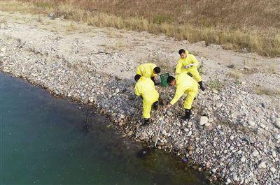 河北石家庄开展突发水污染事件应急监测演练
