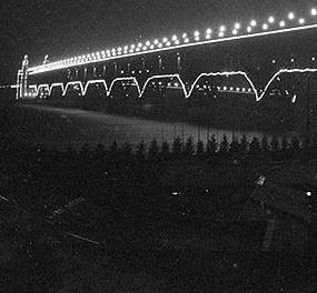 """历史上的今天:南京长江大桥全面建成通车 曾被称""""争气桥"""""""