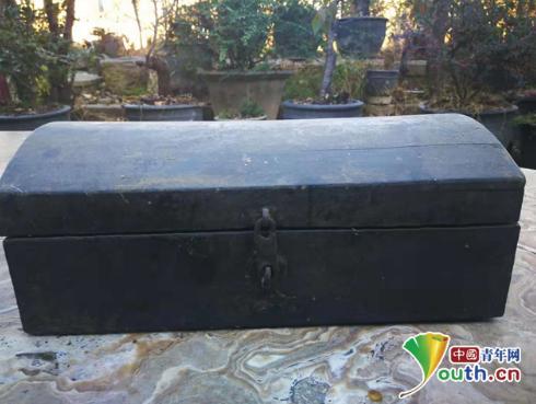 爷爷的黑色木箱:三代人的基层坚守
