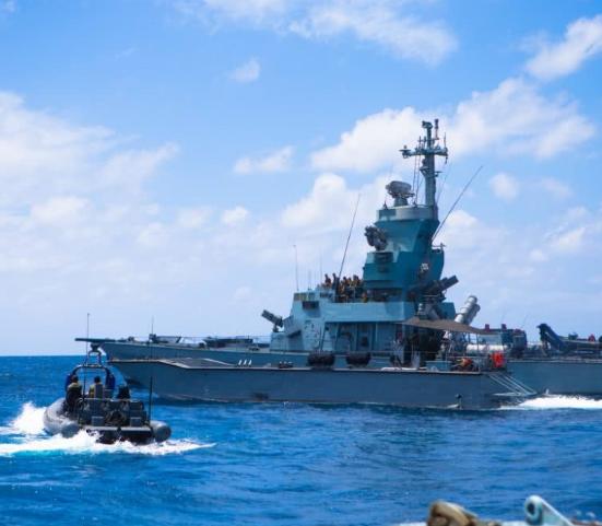 以色列战舰港内开火击中了意大利航母,肇事水兵被判监禁