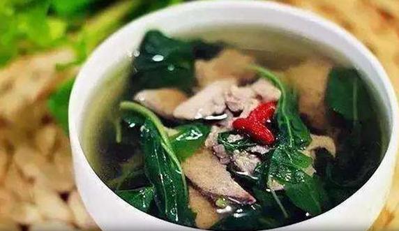枸杞叶豆腐猪肝汤清肝明目