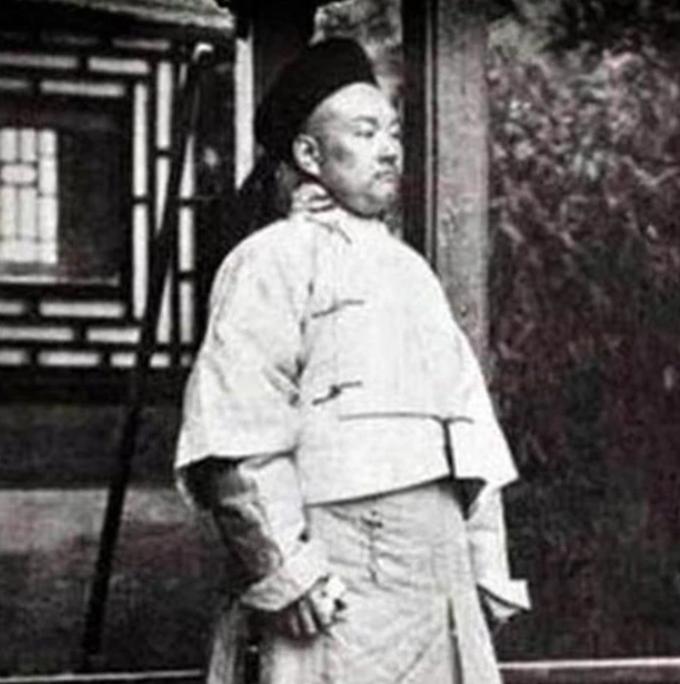 僧格林沁灭林凤祥,杀捻军首领张乐行,为何死在一少年手里