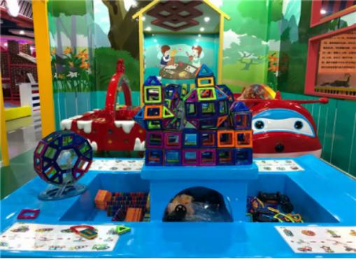 迪乐尼室内恒温水上乐园全新概念造就的儿童欢乐天地